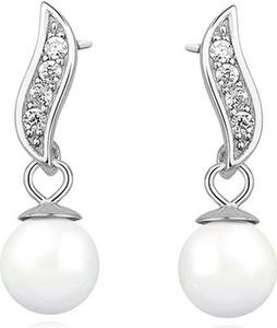 Sentiell Delikatne rodowane wiszące srebrne kolczyki perły perełki cyrkonie srebro 925 Z1113E