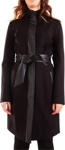 Czarny płaszcz Fracomina