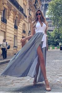 Sukienka Ivet.pl w stylu casual z dekoltem w kształcie litery v bez rękawów
