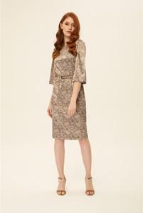 Sukienka Kasia Zapała z dekoltem w kształcie litery v