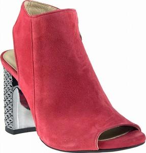 52d48d9e Czerwone sandały Oleksy ze skóry na obcasie na wysokim obcasie