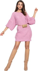 Różowa sukienka Fobya z długim rękawem