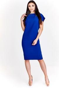 Niebieska sukienka Fokus ołówkowa z krótkim rękawem z tkaniny