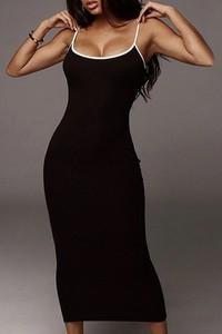 Czarna sukienka IVET na ramiączkach