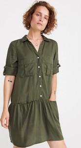 Sukienka Reserved mini z kołnierzykiem szmizjerka