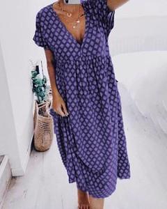 Sukienka Kendallme z krótkim rękawem z dekoltem w kształcie litery v w stylu casual