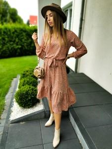 Sukienka Perfe midi