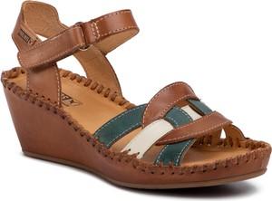 Brązowe sandały PIKOLINOS na koturnie