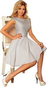 Sukienka NUMOCO z tkaniny z okrągłym dekoltem z krótkim rękawem