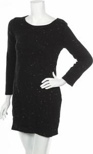 Czarna sukienka Plume mini z długim rękawem z okrągłym dekoltem