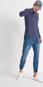 Niebieski t-shirt Diverse z krótkim rękawem