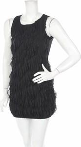 Czarna sukienka Quiz z okrągłym dekoltem prosta