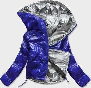 Niebieska kurtka Goodlookin.pl w młodzieżowym stylu