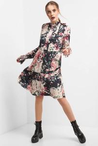 Sukienka ORSAY trapezowa z tkaniny