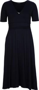 Czarna sukienka Marc O'Polo z dekoltem w kształcie litery v