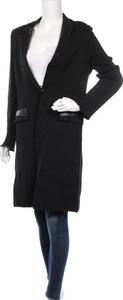 Czarny płaszcz Claudius 1927
