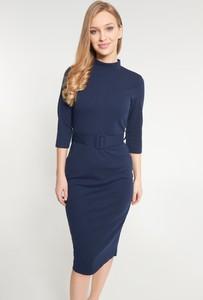 Niebieska sukienka QUIOSQUE w stylu casual z długim rękawem dopasowana