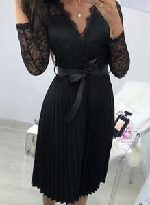 Czarna sukienka Sandbella mini z dekoltem w kształcie litery v gorsetowa