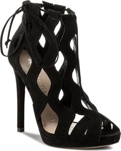 Czarne sandały eva minge w stylu klasycznym z zamszu