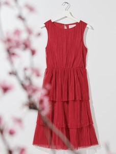 Czerwona sukienka Mohito bez rękawów