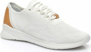 Buty sportowe Lacoste sznurowane w sportowym stylu