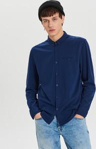 Granatowa koszula Cropp z długim rękawem z kołnierzykiem button down