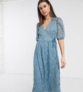 Niebieska sukienka Glamorous z dekoltem w kształcie litery v maxi