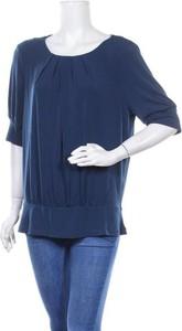 Niebieska bluzka Jacqui-e z długim rękawem z okrągłym dekoltem