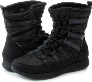 Czarne śniegowce Skechers w stylu casual