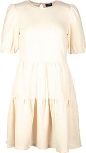 Sukienka Only w stylu casual z okrągłym dekoltem