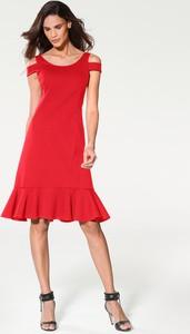 Czerwona sukienka Heine z krótkim rękawem