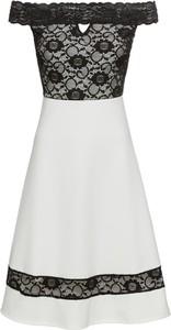 Sukienka bonprix BODYFLIRT boutique hiszpanka