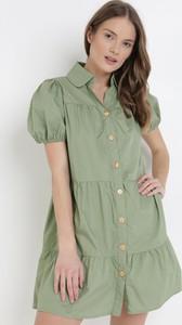 Zielona sukienka born2be koszulowa w stylu casual z kołnierzykiem