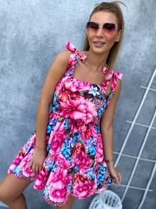 Różowa sukienka Ricca Fashion mini z dekoltem w kształcie litery v trapezowa