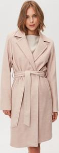 Różowy płaszcz FEMESTAGE Eva Minge w stylu casual