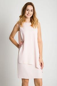 Różowa sukienka Bialcon bez rękawów asymetryczna