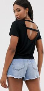 T-shirt NA-KD z krótkim rękawem