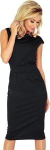 Czarna sukienka NUMOCO z krótkim rękawem midi dopasowana