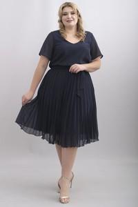 Sukienka KARKO z szyfonu z dekoltem w kształcie litery v
