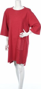 Różowa sukienka Yaya