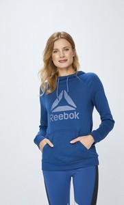 2e3a00d3d00e9b Niebieska bluza Reebok z nadrukiem w sportowym stylu krótka