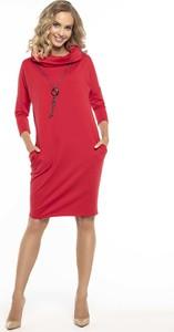 Różowa sukienka Tessita
