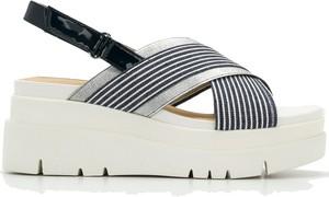 Sandały Geox na platformie na wysokim obcasie w stylu casual