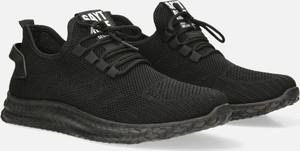 Czarne buty sportowe Casu sznurowane