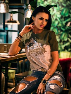 T-shirt Divinostyle w stylu glamour