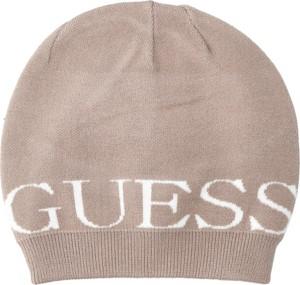 Brązowa czapka Guess