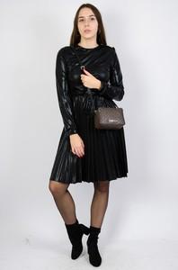 Czarna sukienka Olika dla puszystych z długim rękawem z okrągłym dekoltem
