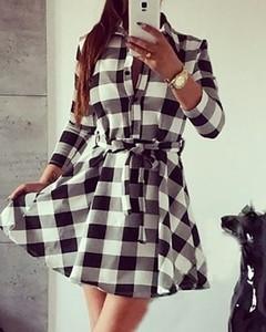 Sukienka Kendallme mini z długim rękawem w stylu casual