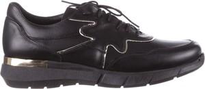 Buty sportowe bayla z płaską podeszwą