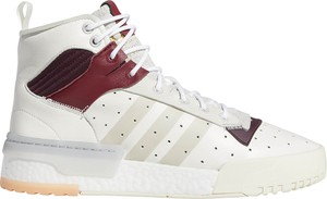 Buty sportowe Adidas w młodzieżowym stylu
